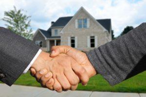 Pourquoi vendre via une agence immobilière
